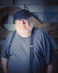 « George R.R. Martin at Archipelacon » par Henry Söderlund — Archipelacon official photo album.
