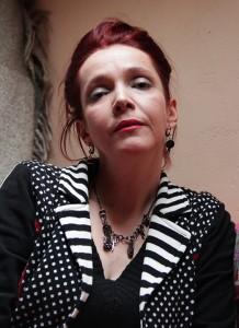 """Sara DOKE, portrait trouvé sur le site du """"Bélial""""."""