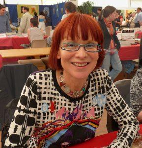 Joëlle WINTREBERT aux Imaginales en 2010, portrait trouvé sur Wikipedia.